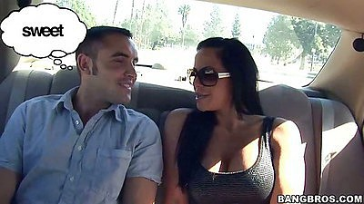 Hot slut Savannah and Daniel on a date