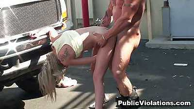 Fucking Kaylee Hilton on the car in public