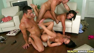 Euro sex machines fucked and cumshot on pussy n ass