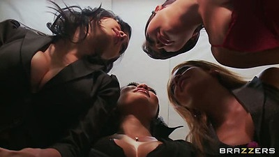 London Keyes and Asa Akira with Mia Lelani in office