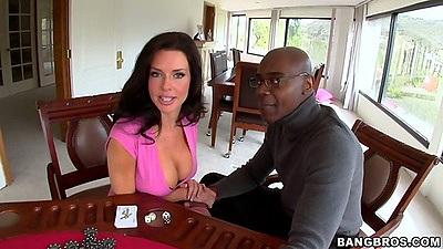 Brunette milf Veronica Avluv loves huge black cocks