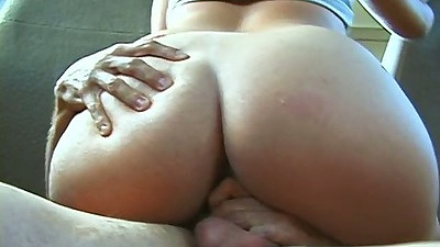 Amateur Mimi sitting on cock in the backseat while driving