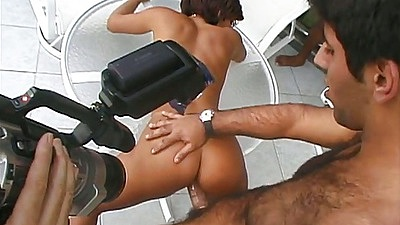 Doggy style latina sex and filming with Carol in threesome action oudoors