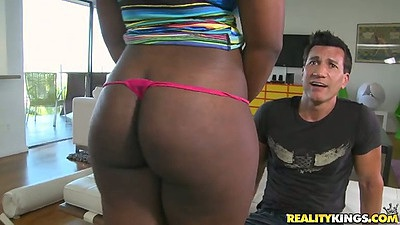 Big round ebony ass Selita Bly gets ass licked