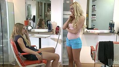 Alyssa Branch chatting up with her friend