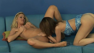 Lesbian Alexis Malone and Annika pussy licking