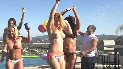 Outdoor bikini slut party with Romi Rain and Raven Bay and Christy Mack