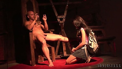 Fetish scene with used up school girl in cfnm Amia Miley