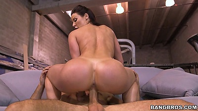Cowgirl nice perfect milf round booty on dick moving