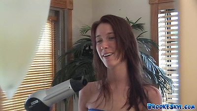 Young girl Brooke Skye in softcore scene doing her ahir