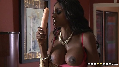 Big tits ebony goddess Diamond Jackson fucks dildo then sucks cock