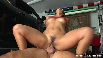 Reverse cowgirl hairy latina fuck with small boobs Isabella De Santos